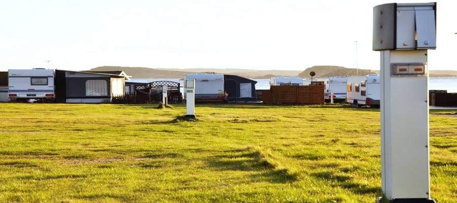 Camping_stolpar