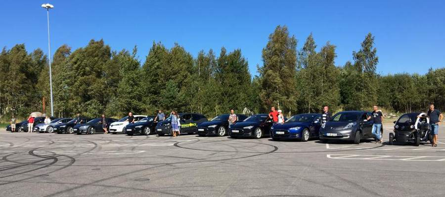 http://teslaclubsweden.se/wp-content/uploads/2016/08/Lidkoping.jpg