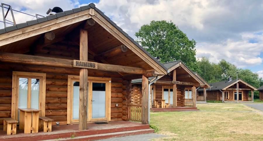 Stugbyn var väldigt mysig med små hus byggda på gammalt vis.