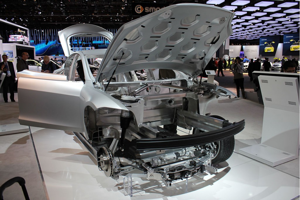 model-s-chassis