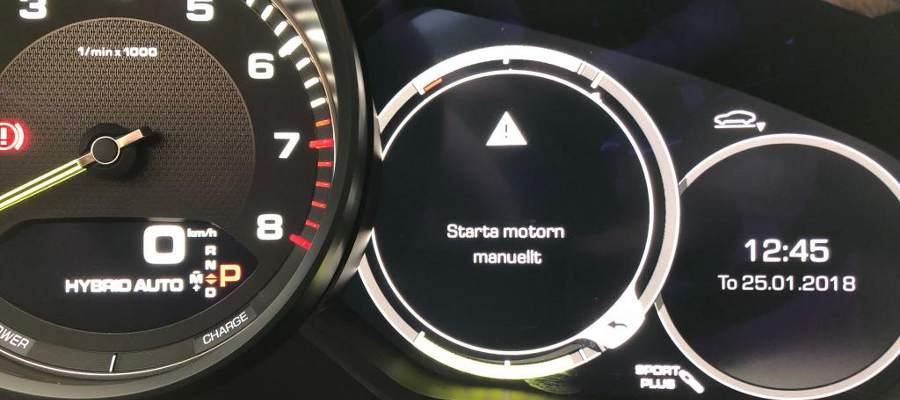 """""""Starta motorn manuellt"""" - okay, var är veven? :lol:"""